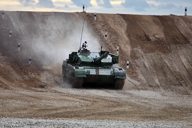 Russian Military Photos and Videos #3 - Page 7 Tankbiathlon15finalp1-16-L