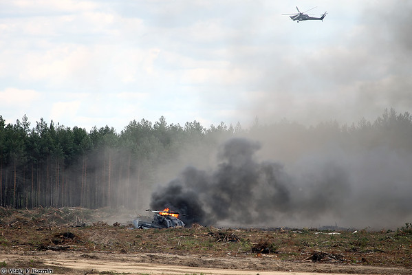 Russian Military Photos and Videos #3 - Page 5 Mi-28crash_04-M