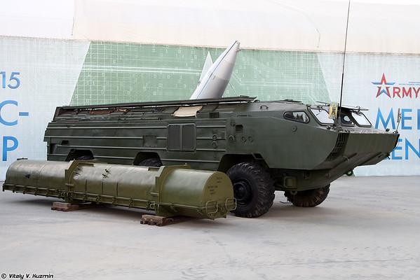 PU 9P129-1M PTRC 9K79-1 Tochka-U [9P129-1M veículo lançador de 9K79-1 Tochka-U)