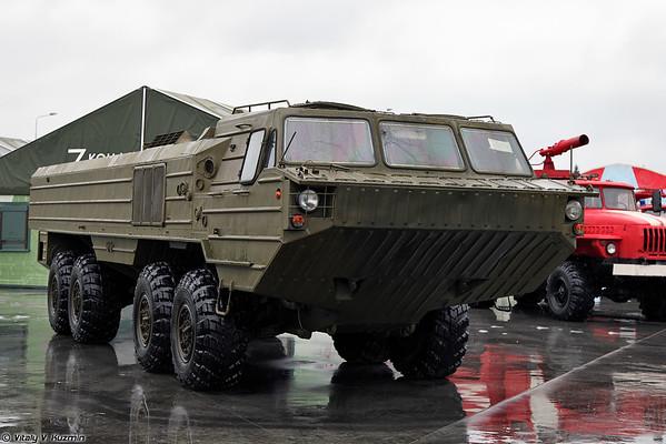 Especial chassis com rodas BAZ-6944 [BAZ-6944 chassis especial)