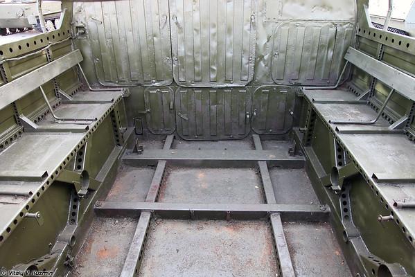 Transporter-trator GT-TM [GT-TM unidade de transportador-tractor)