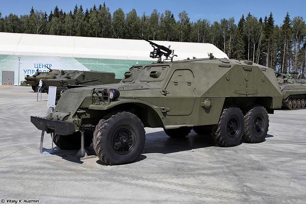 BTR-152K [BTR-152K)