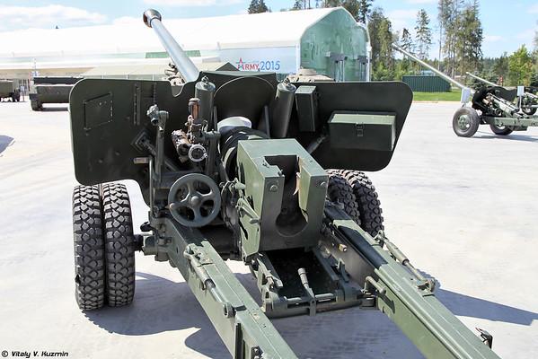 100 mm arma de campo da amostra em 1944 BS-3 [100 milímetros arma de campo M1944 BS-3)