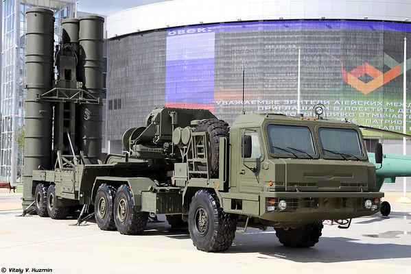Lançador 5P85TE2 ZRC-400 [5P85TE2 TEL para sistema de mísseis S-400)