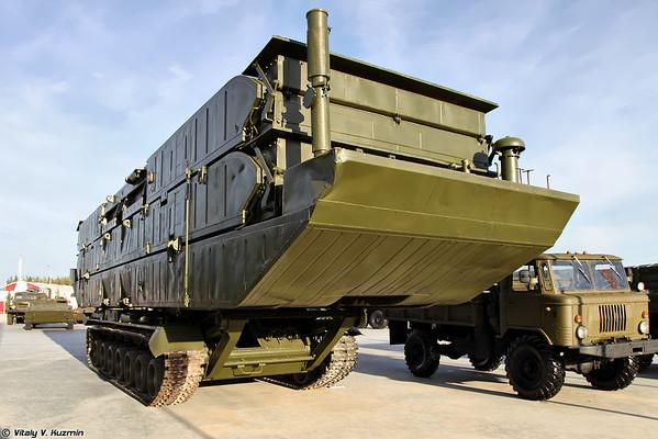 Transportando o 561P produto desembarque da balsa-DMA [item de PDP 561P veículo anfíbio ponte)