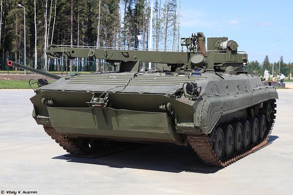 veículo de recuperação BREM-2 [Brem-2 blindado veículo de recuperação)