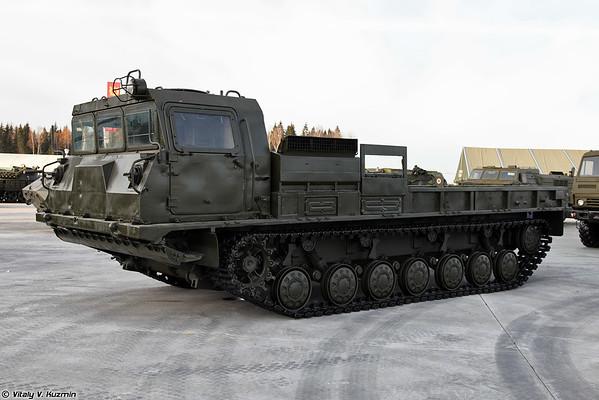 Transporter-trator MT-T [MT-T unidade pesada transporter-tractor)