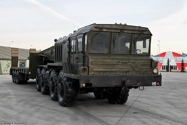Tractor KZKT-74281 [KZKT-74281 tractor militar)