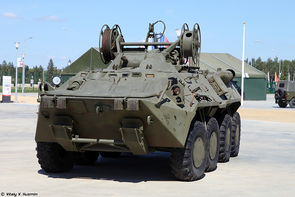 БРЭМ-К (BREM-K wheeled armored recovery vehicle)