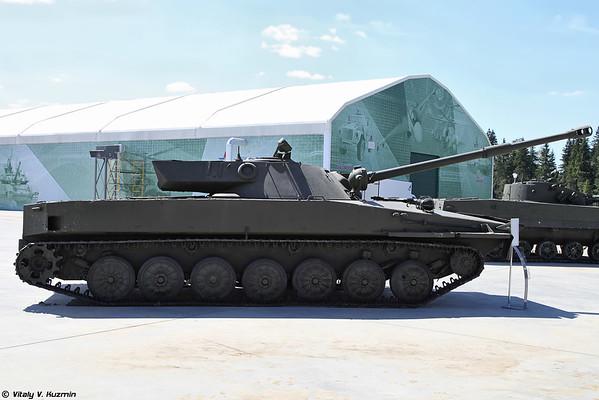 Objeto 906 tanque anfíbio PT-85 [Experimental luz objeto tanque anfíbio 906 PT-85)
