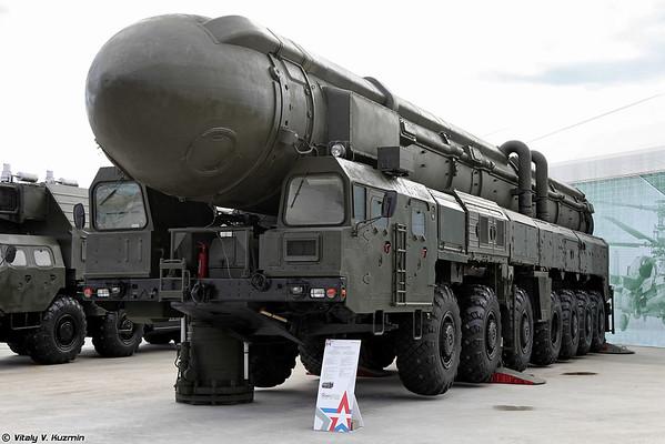 APU 15U168 Topol 15P158 sistema de mísseis [15U168 TEL 15P158 Topol ICBM)