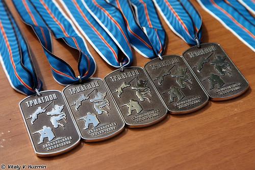 http://77rus.smugmug.com/Military/SP-triathlon-2012/i-NmhJnr7/0/500x333/2012SPtriatlon31-500x333.jpg