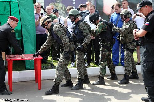http://77rus.smugmug.com/Military/SP-triathlon-2012/i-pF5k8mq/0/500x333/2012SPtriatlon06-500x333.jpg