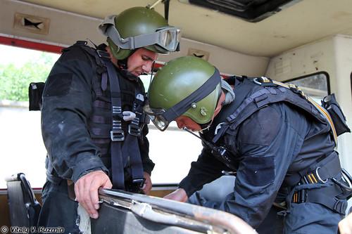 http://77rus.smugmug.com/Military/SP-triathlon-2012/i-smqNrdM/0/500x333/2012SPtriatlon26-500x333.jpg