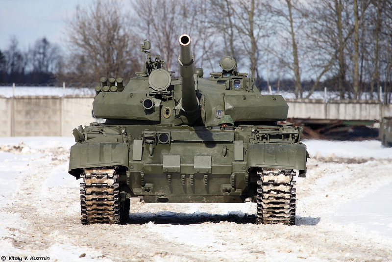Russian Military Photos and Videos #3 - Page 38 T-62M-Kubinka-02-L